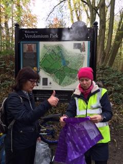 Litter picking in Verulalmium Park